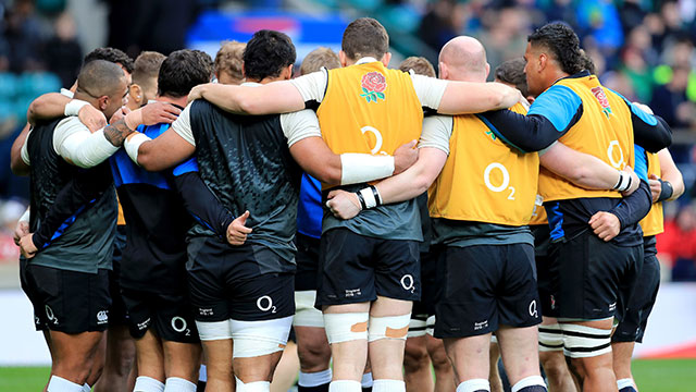 England players in a huddle before Italy match in 2019 Six Nations