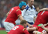 Justin Tipuric in action for Wales